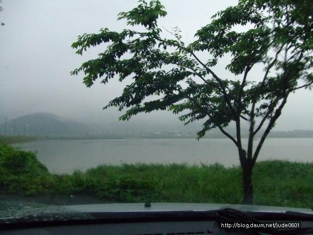 잔잔한 호수를 연상시키는 모습