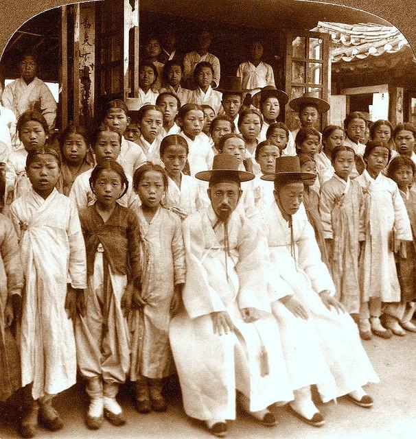 100년 전 한국의 모습 Ⅰ-민초의일상과 죽음.장터와 장인