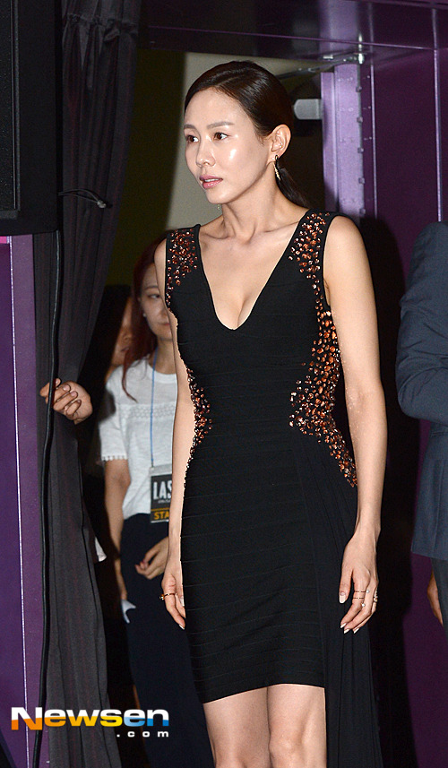 시선 강타하는 박예진 패션..