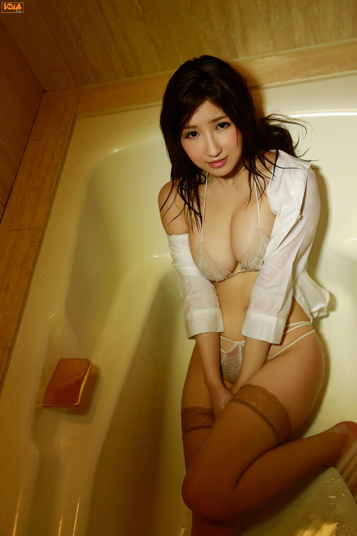 gorgeous Japanese glamour - Arisa